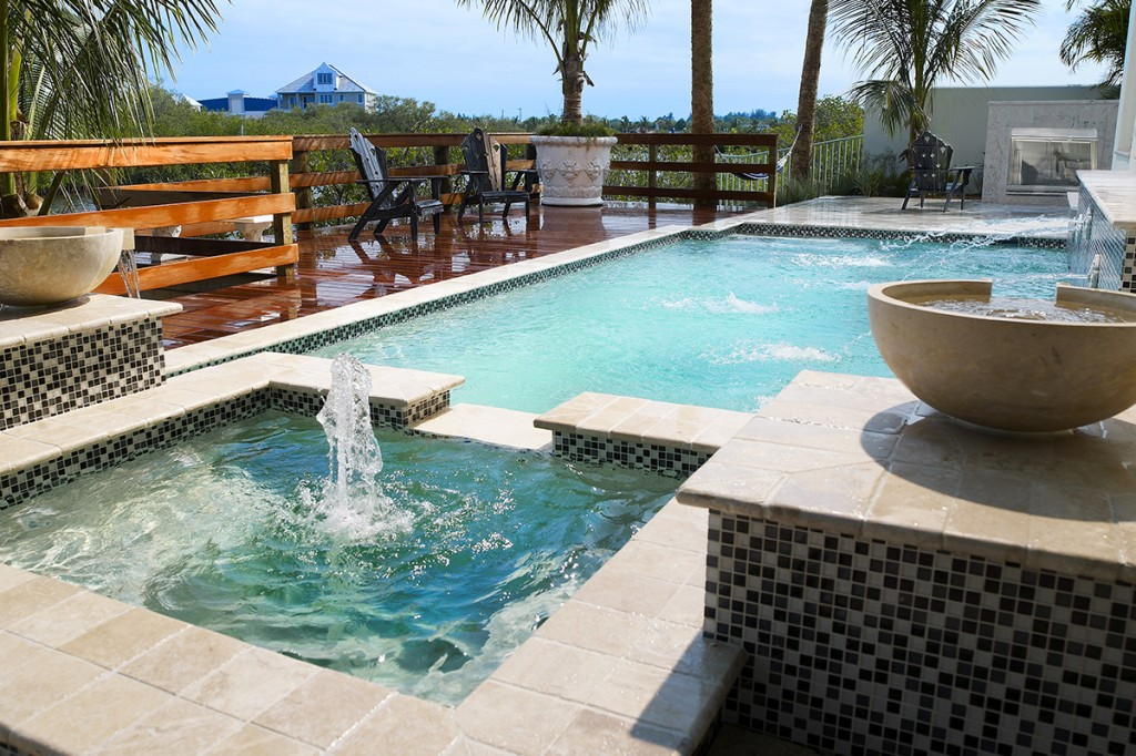Advantages And Disadvantages Of A Saltwater Pool Alvarez